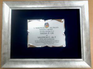 Placa grabada enmarcada en marco plata estrecho - Mario Torres Artesania - València