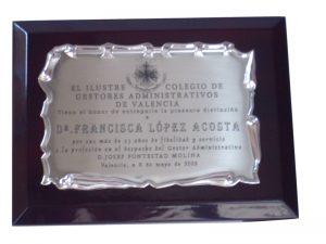 Placa sobre metopa - Mario Torres - Valencia